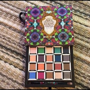 Urban decay Alice through the looking glass set